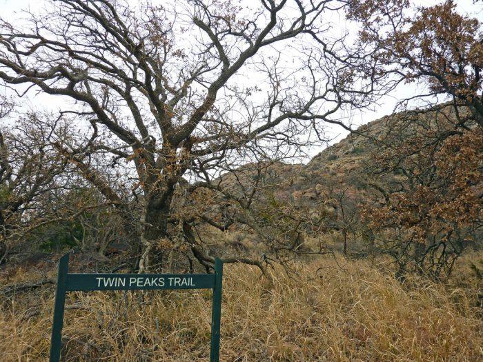 9. Quartz Mountain Nature Park, Lone Wolf