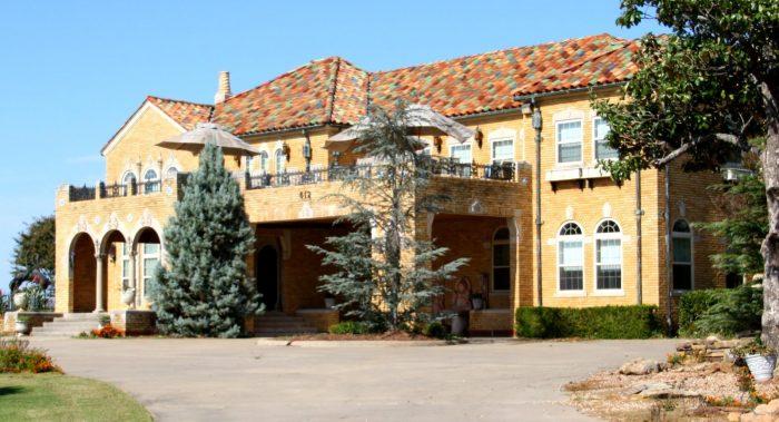 3. Grisso Mansion, Seminole