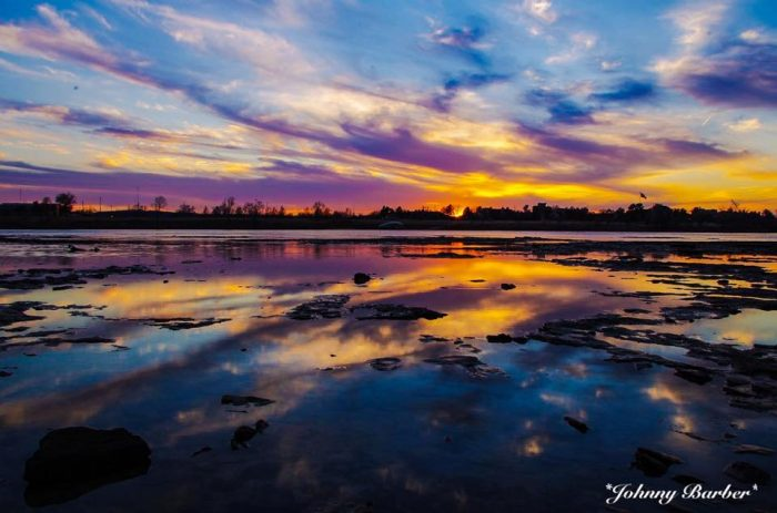 7. The colors of this sunset on Riverside Drive in Tulsa are picture perfect.