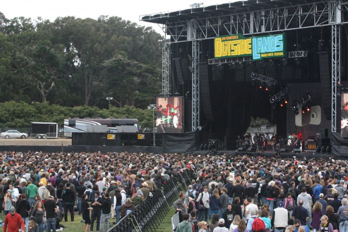 2. Eat, drink, sing, and dance your heart out at the Outside Lands Music & Arts Festival.
