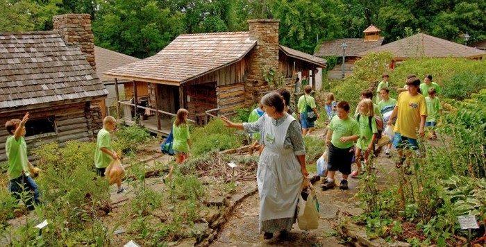 Kansas: Ozark Folk Center