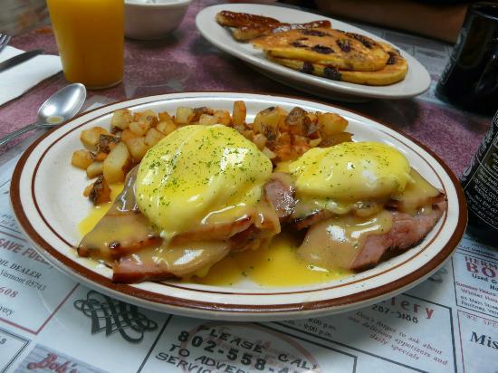 Perry Street Cafe Breakfast Menu
