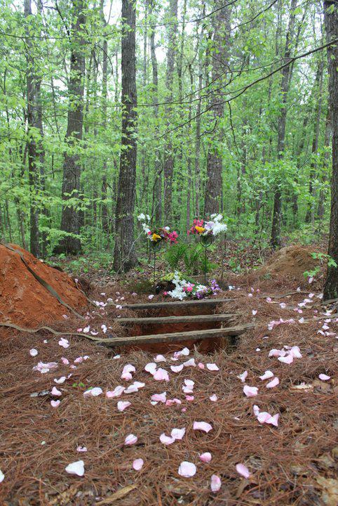 ramsey-preserve-box-grave