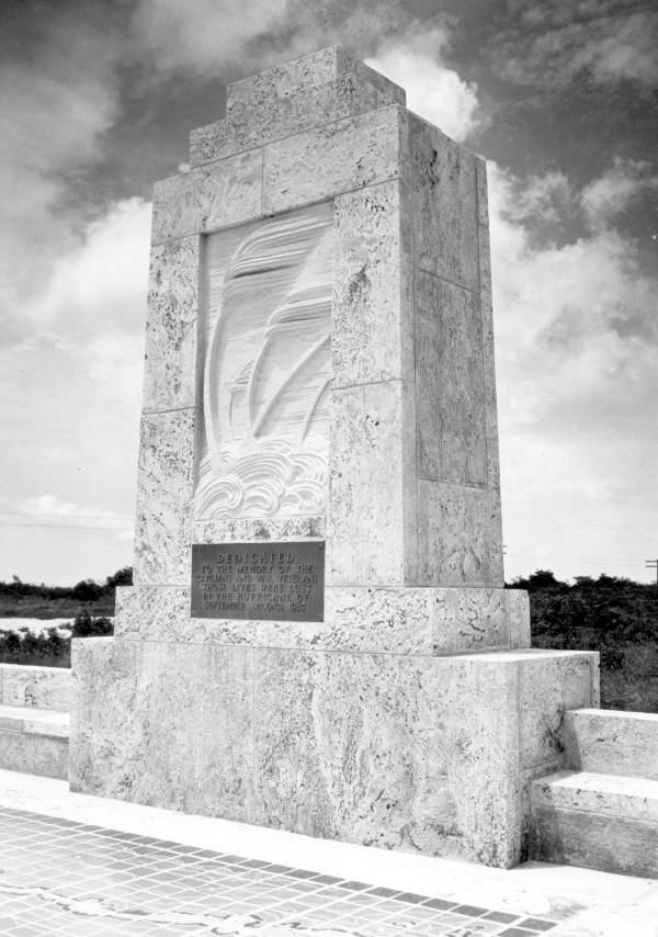 Monument to victims of the 1935 hurricane - Islamorada, Florida