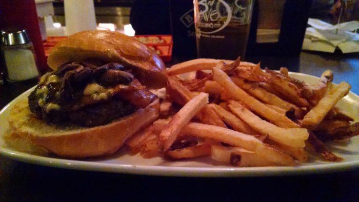 Restaurant 55 Burger