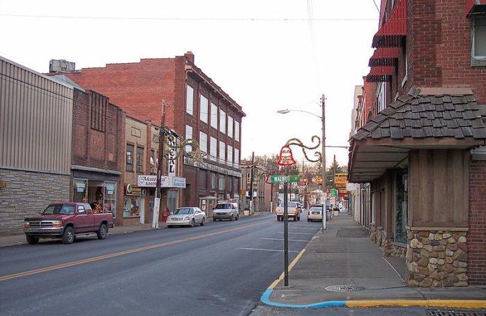 Shinnston, taken in 2006