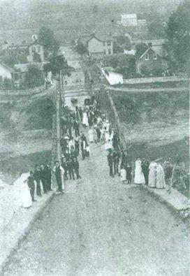 9. Shinnston's West Fork River Bridge in the 1920s