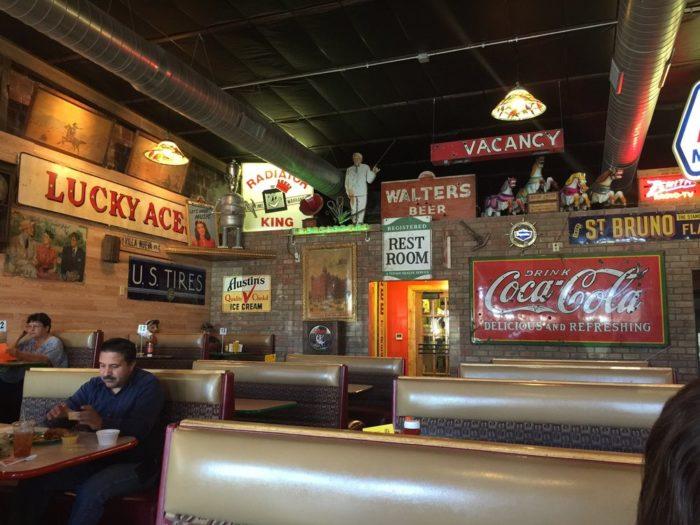 1. Sparky's Burgers, BBQ & Espresso, 115 Franklin Street, Hatch