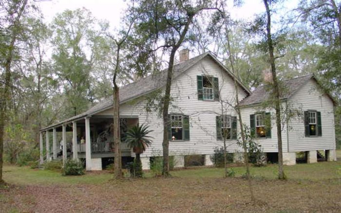 Nestled in North Central Florida, the Historic Haile Homestead at Kanapaha Plantation is located on SR 24 in Gainesville.