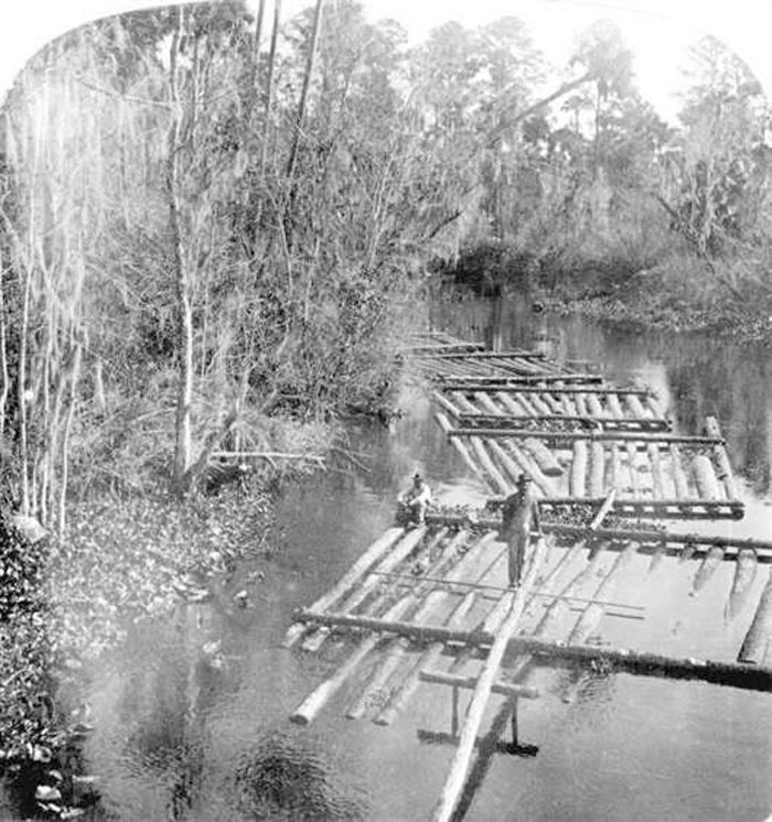 vintage-timber-photo