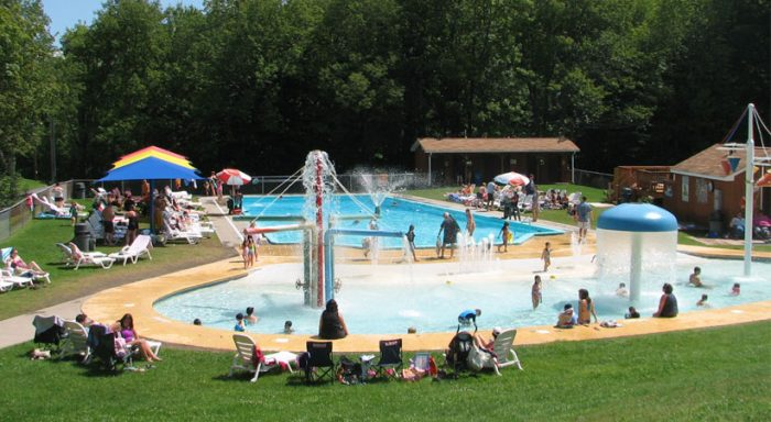 7 Epic Waterparks In Virginia To Visit This Summer