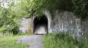 Most People Have No Idea This Unique Tunnel In Pittsburgh Exists