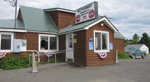 11 'Hole In The Wall' Restaurants In Maine That Will Blow Your Taste Buds Away