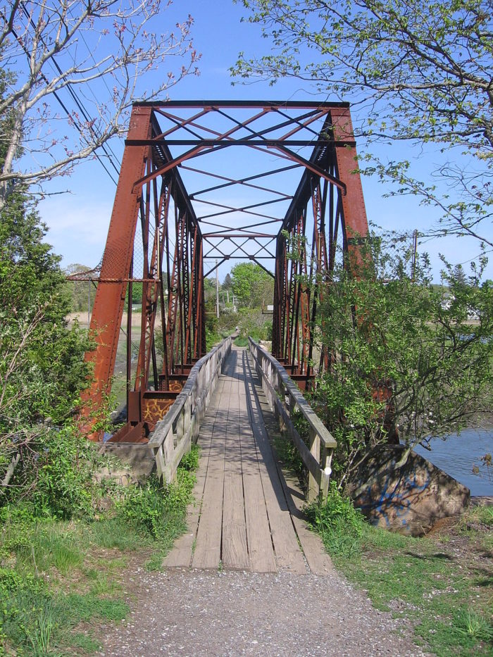 11. Branford Trolley Trail (Branford)