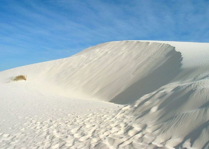 1024px-White_Sands_New_Mexico_USA