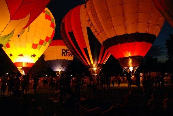 5. LaRosa's Balloon Glow (Coney Island, Cincinnati)