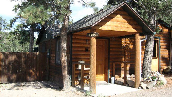 9. Rustic River Cabins