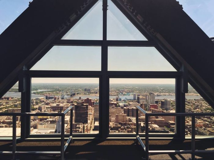 10. Enjoy a perfect panoramic view of Philadelphia from the One Liberty Observation Deck.