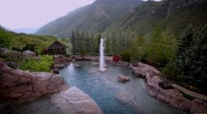 There's No Pool In The World Like This One In Utah