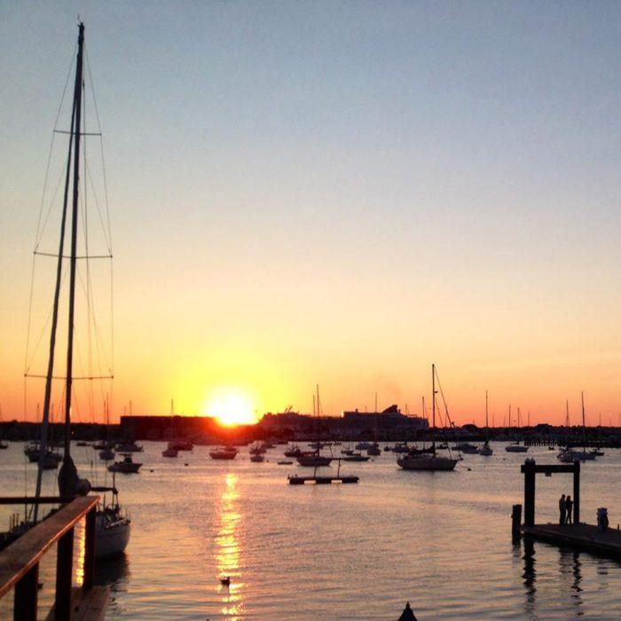 2. Landing, Newport