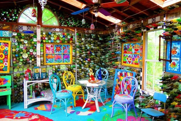 8. Mary's Gone Wild Folk Art and Doll Baby Museum is perhaps the most eccentric museum not only in North Carolina but in the Southeastern United States.