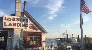 These 10 Beachfront Restaurants In Connecticut Are Out Of This World