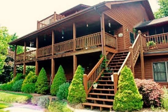 8. Mountain Song Inn (Willis)