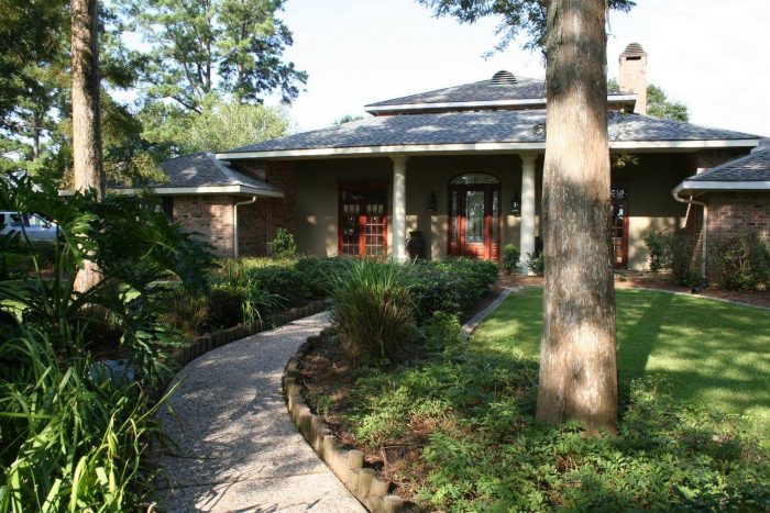 9. Louisiana Cajun Mansion Bed and Breakfast, Youngsville