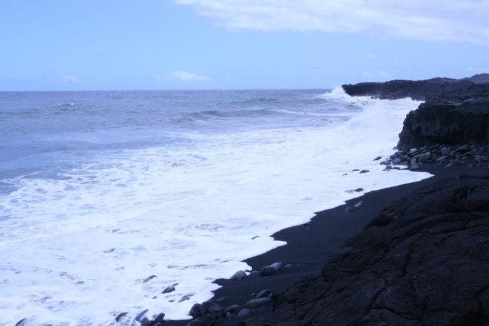 13. Kaimu Black Sand Beach