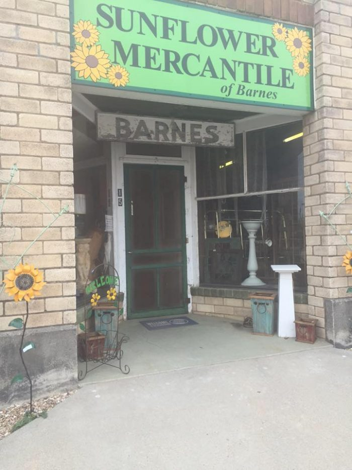 10 Towns In Kansas With The Best Antique Stores