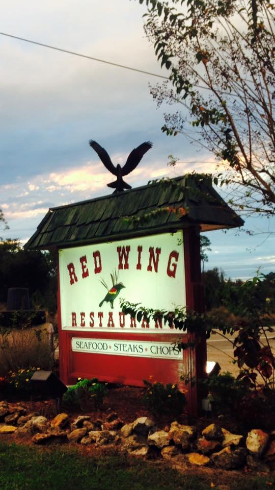 1. Red Wing Restaurant, Groveland