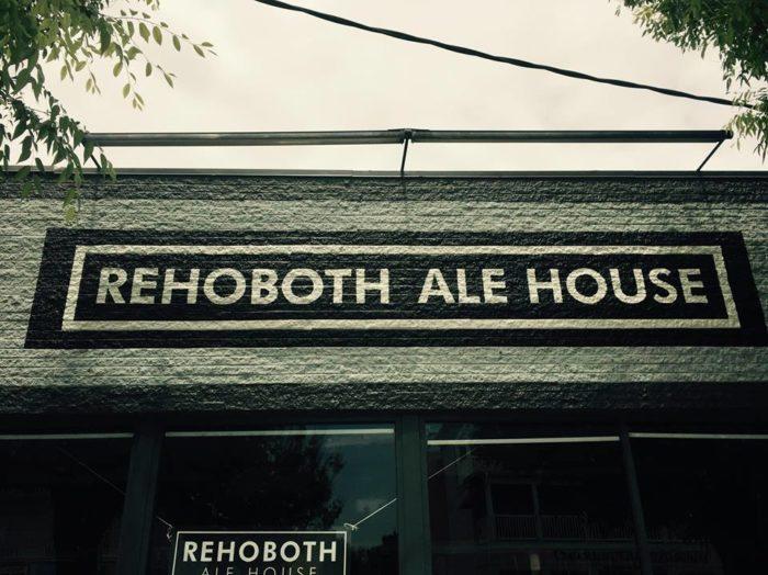 6. Rehoboth Ale House, Rehoboth Beach