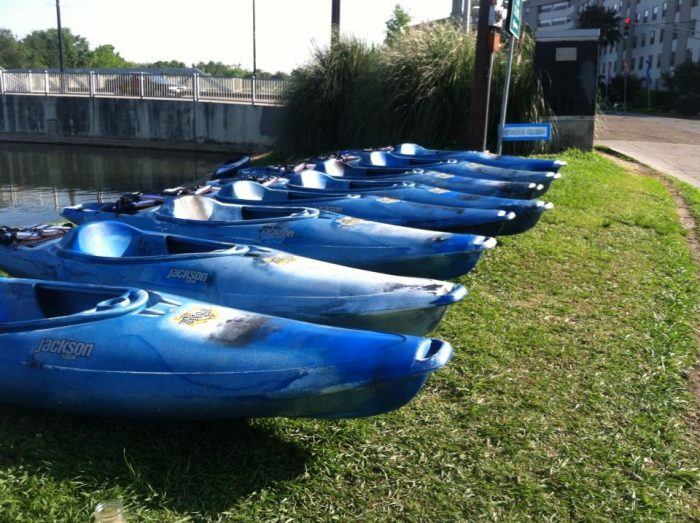 Kayak-iti-Yat and Bayou Paddlesports offer different packages depending on what you're looking for.
