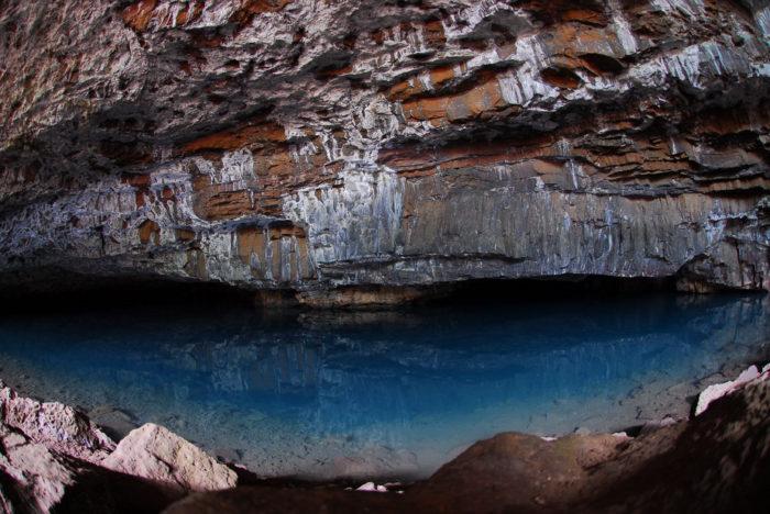 14. Waikapalae Cave