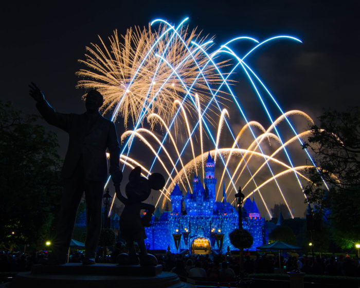 1. The Disneyland Forever fireworks display starts at 9:30 on 4th of July. This might be the most spectacular display in all of SoCal so check it out if you can.