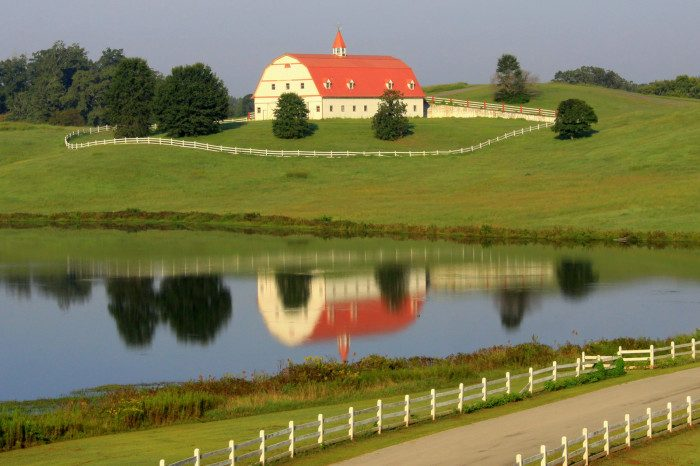 14. Alabama: Fred Hallmark Farm in Warrior can be seen from Interstate 65, and is one of the most scenic spots in the area.
