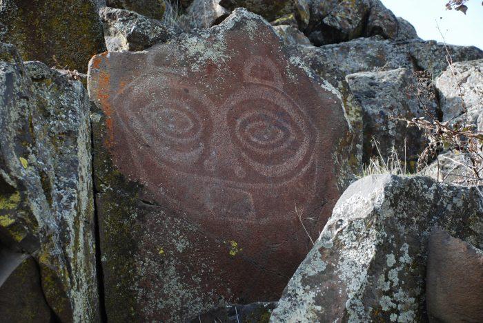 Corps, BPA and tribes celebrate petroglyph relocation to Horsethief Lake, Washington