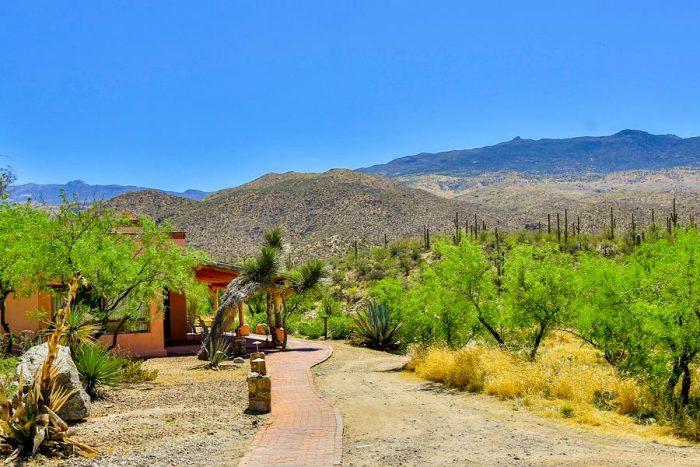 9. Tanque Verde Ranch, Tucson