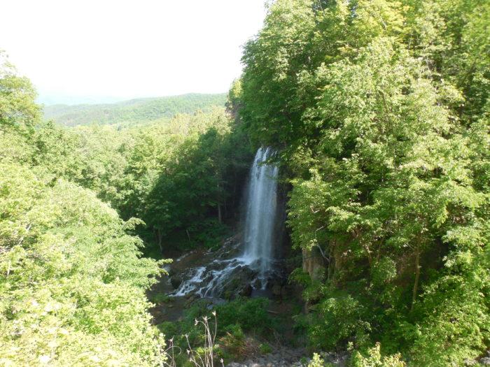 4. Falling Spring Falls