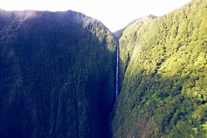 2. Pu'uka'oku Falls