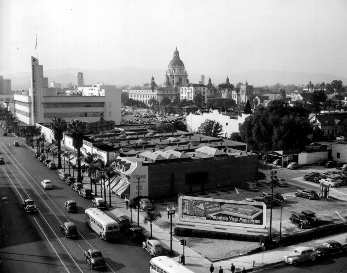 2. A great picture of the main street in Pasadena in 1945. If you look closely you can see the Broadway Pasadena in the background. That building no longer exists, but many of the other structures are still there today.