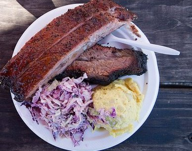 2. At Franklin Barbecue, the food is always worth the wait.