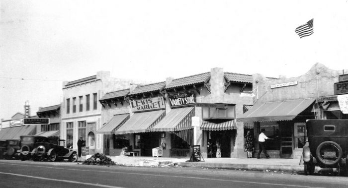 6. Newport Boulevard in Costa Mesa in 1933 post-earthquake showing the damage that was done to the buildings and the street.