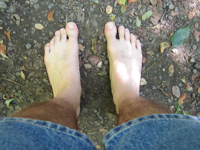 5. Walking around barefoot without obtaining a permit is not allowed.