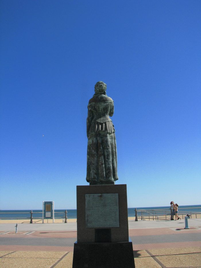 8. Norweigan Lady Statue