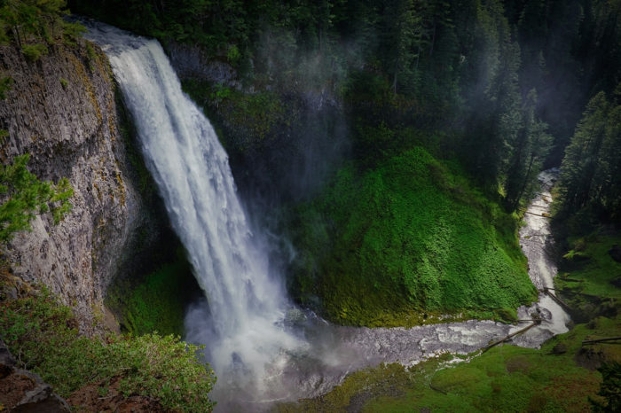 8. Salt Creek Falls