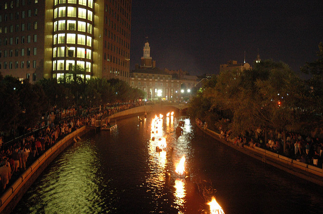 4. Providence WaterFire is a uniquely magical event occurring on several weekends throughout the season.