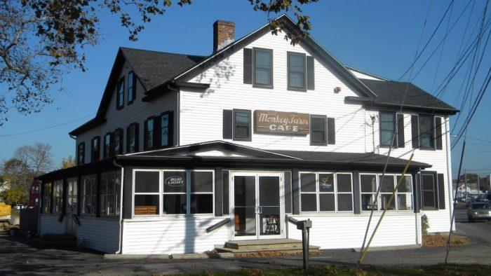 9. Monkey Farm Cafe (Old Saybrook)