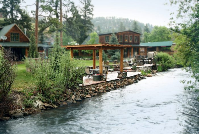 6. The Cabins at Country Road