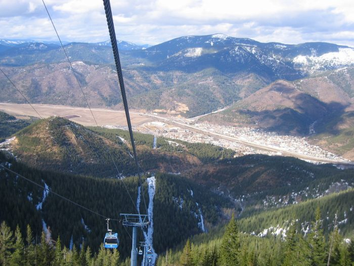 9. Silver Mountain Resort in Silver Valley is home to North America's longest single-stage gondola track.